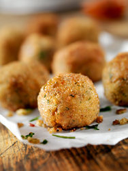 Picture of crispy Chicken Cordon Bleu chicken balls.