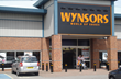 Wynsors Steps Up Warehouse Picking with Peak-Ryzex Mobile Solution