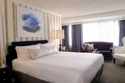 Topaz - Washington, D.C. Hotel Near the National Cherry Blossom Festival