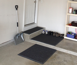 New VISPA Garage Mats Trap Dirt, Slush and Salt - photo