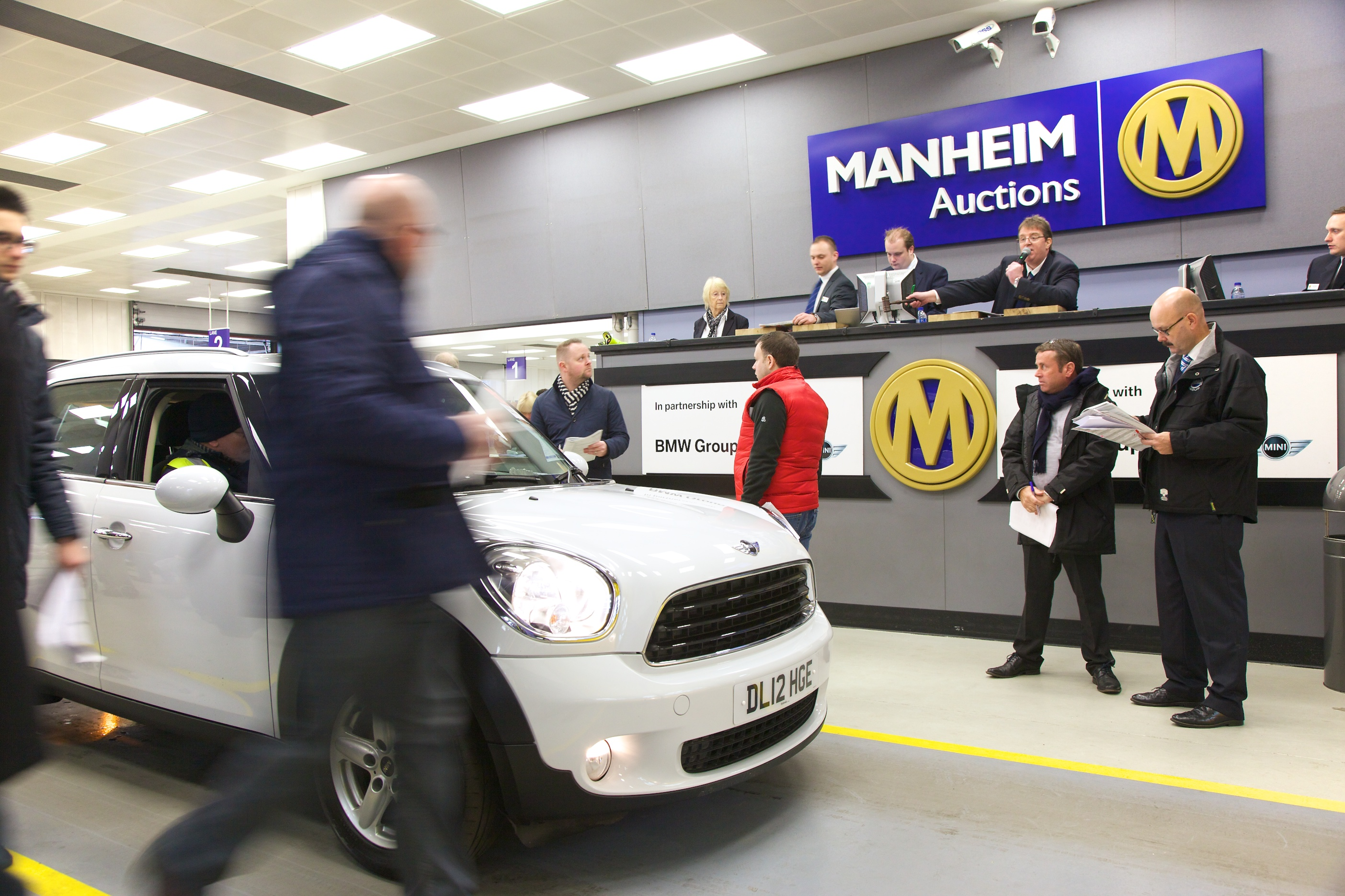 Manheim Car Auction: Double Record Breaking Day At Car Auctions