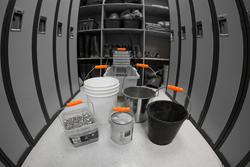 ergonomic bucket handle
