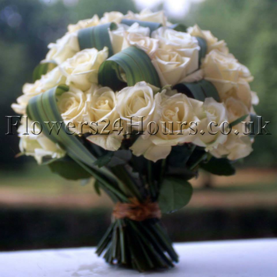 View Details Same Day Delivery 65 00 Sparkle Of Noon A Cozy Array Alstroemerias Surround Sparkling Pocket Roses
