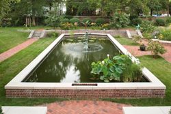 Southview Design Recreated the Reflecting Pool at a Summit Hill Mansion