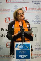 Randi Hagerman receiving the International Sisley-Lejeuen Award 2014 in Paris.