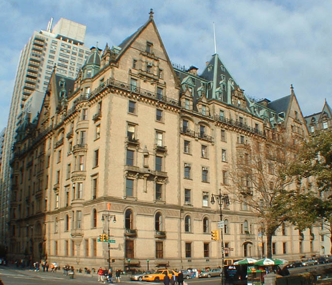 Celebrity Homes: Lauren Bacall's NYC Home At The Dakota Is
