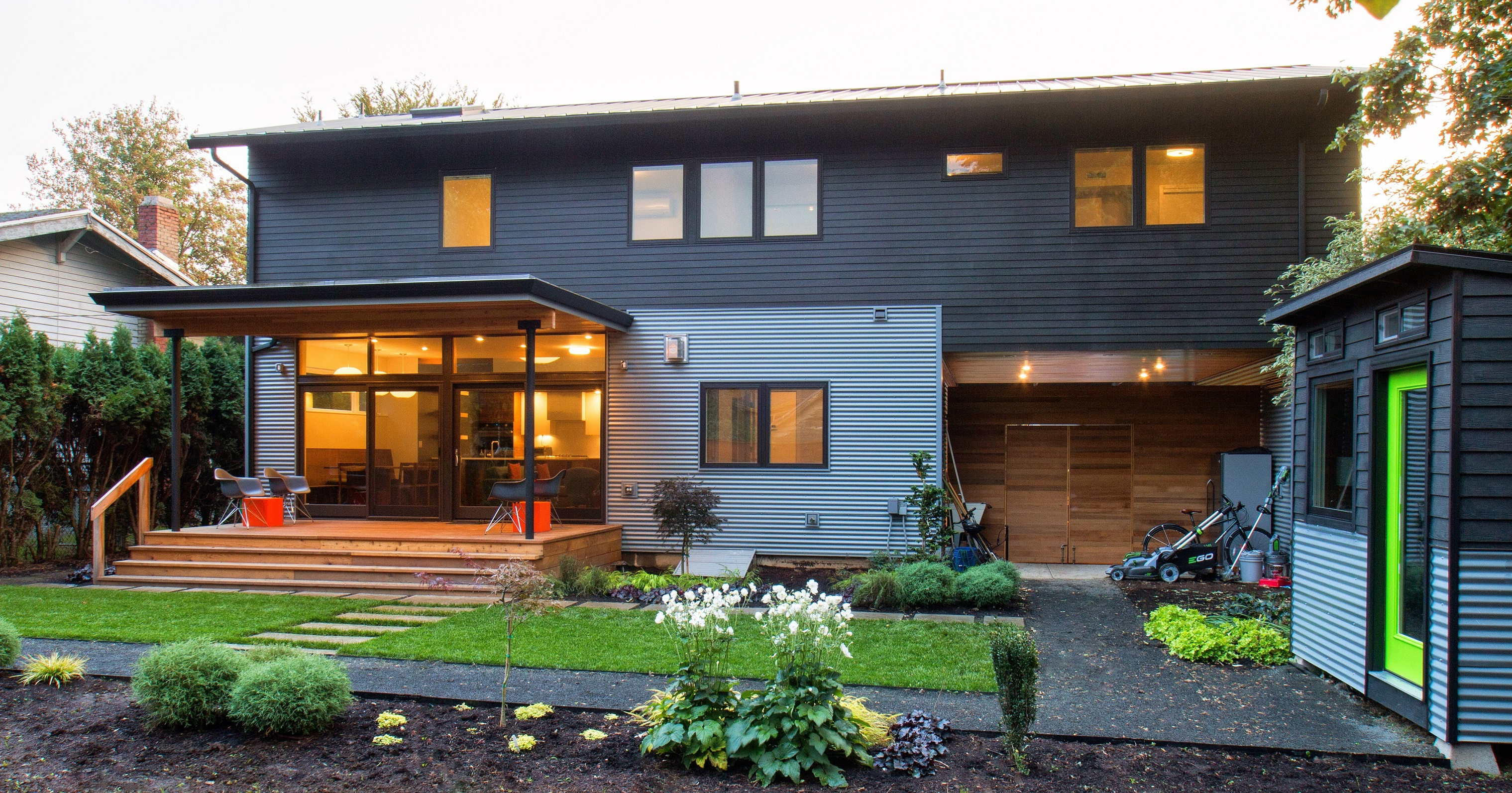 Explore modern homes in the pacific northwest again this for Northwest contemporary homes