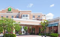 Holiday Inn & Suites LaCrosse