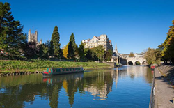 Image of Pultney Bridge in Bath – one of the Safest Cities in the World