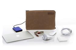 MacBook Travel Express—tan waxed canvas
