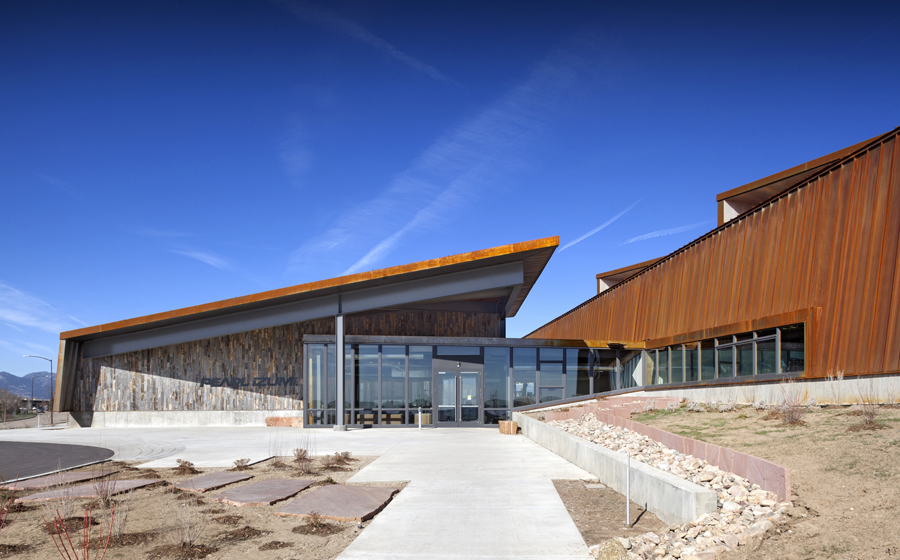 Expansive Views And Natural Materials Connect Award Winning Pearl Izumi  Headquarters Conference Room To Its Colorado Setting.