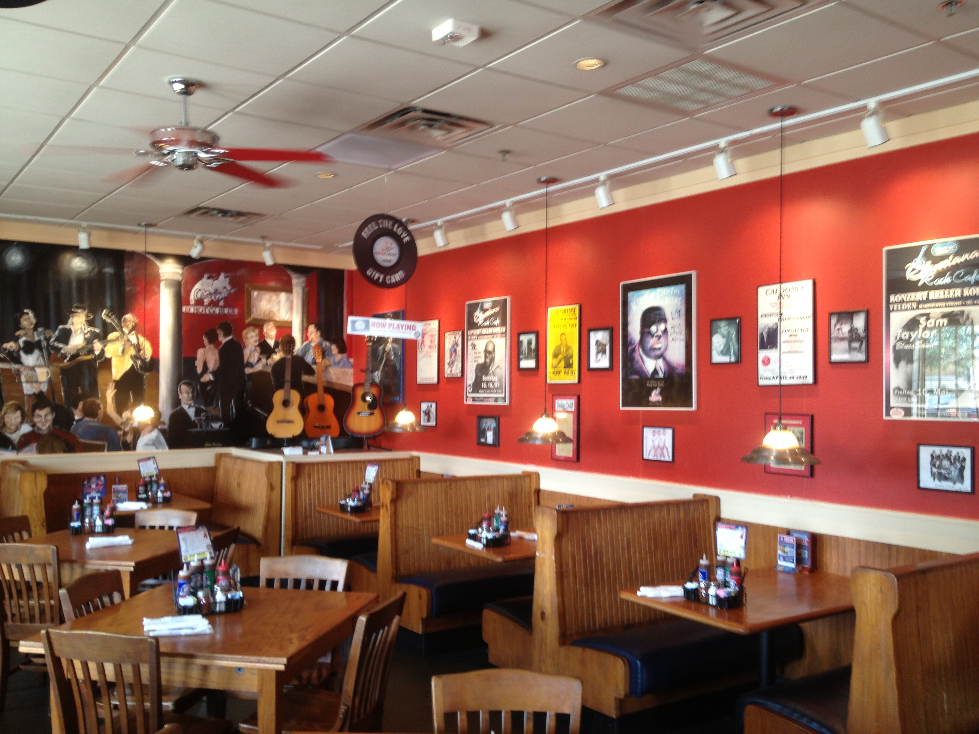red hot blue bbq restaurant expands franchise opportunities