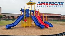 Roel A. & Celia R. Saenz Elementary install Big Kahuna play structure from American Parks Company