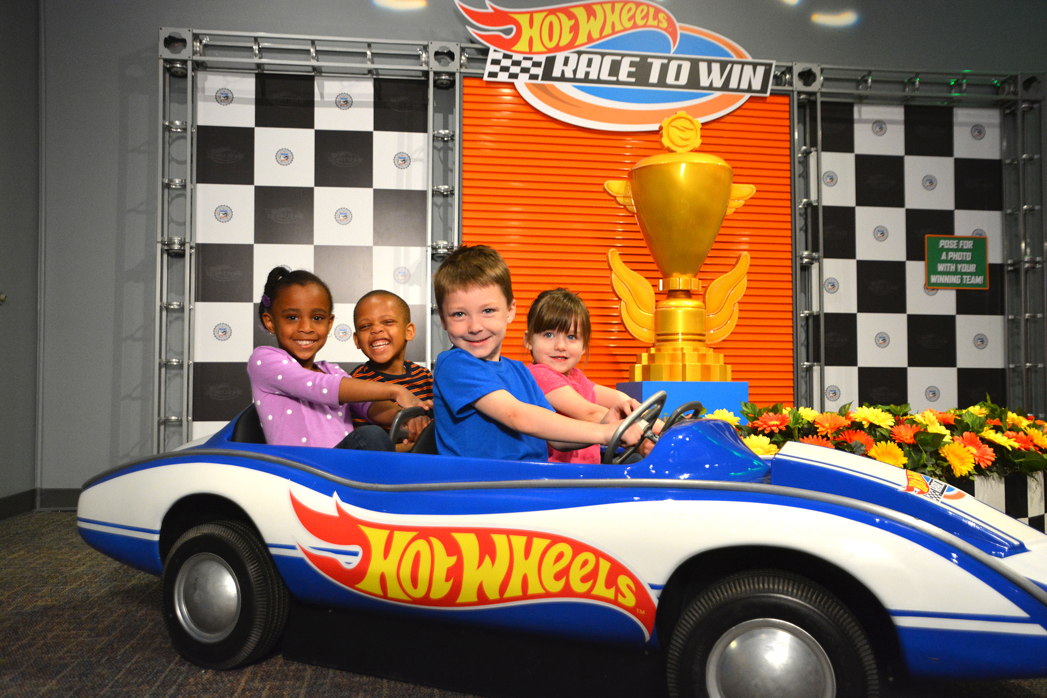 Toy Car Racing >> Buckle up and Race to Indy with the Most Famous Toy Vehicles on the Planet - Hot Wheels(TM ...