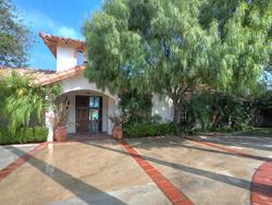 Celebrity Homes: Sean Penn's Malibu Beach House Is For Sale