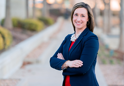 State Farm's Lyndsey Rhode Shows She is Truly a 'Good Neighbor'