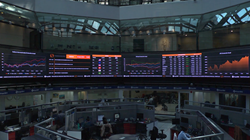 Mexico stock exchange partners with for Wavetec Financial market displays