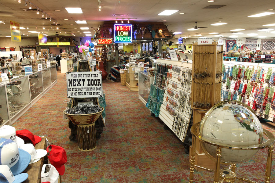 World S Largest Southwest Trading Post To Close To Public