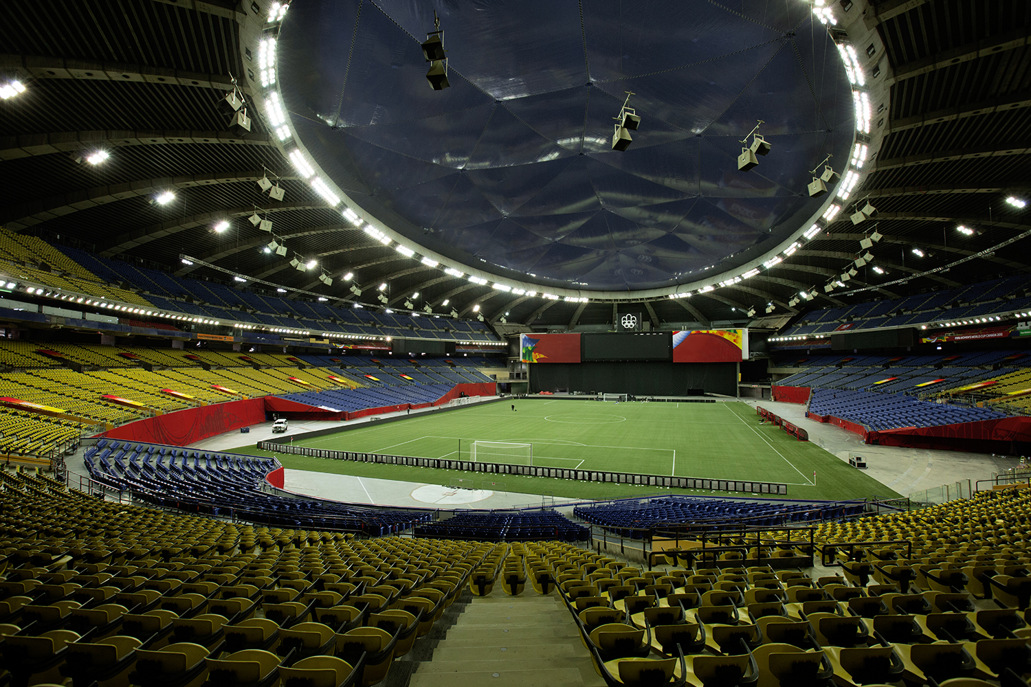 top montreal olympic stadium - photo #31