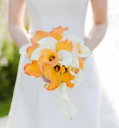 yellow-summer-wedding-bouquet-london-wedding-florist