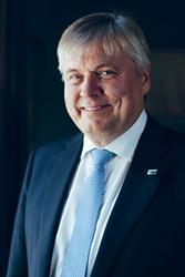 Portrait of Henrik O. Madsen