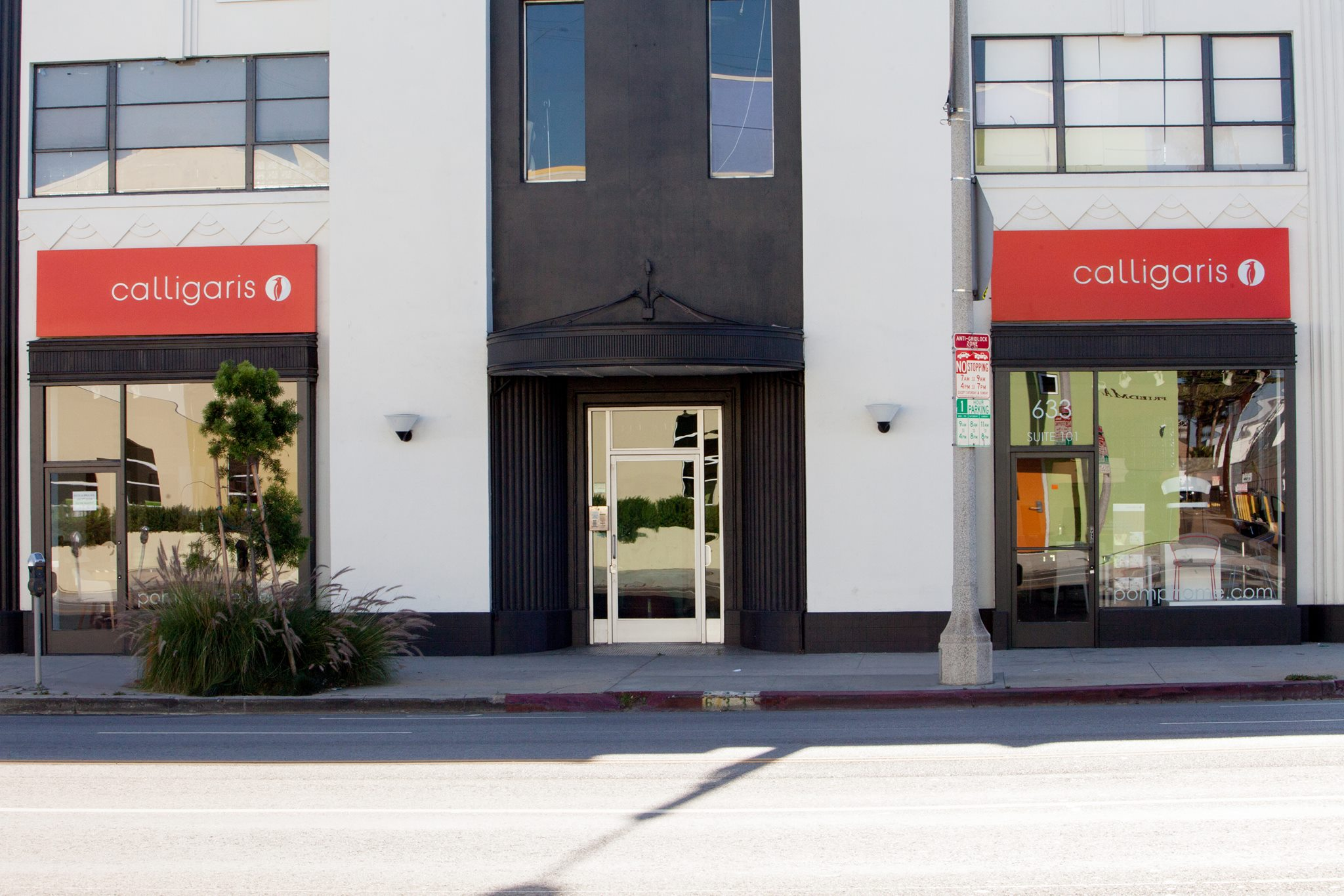 New Modern Contemporary Furniture Store Showroom In Los Angeles Kicks Off Summer With Sale Up