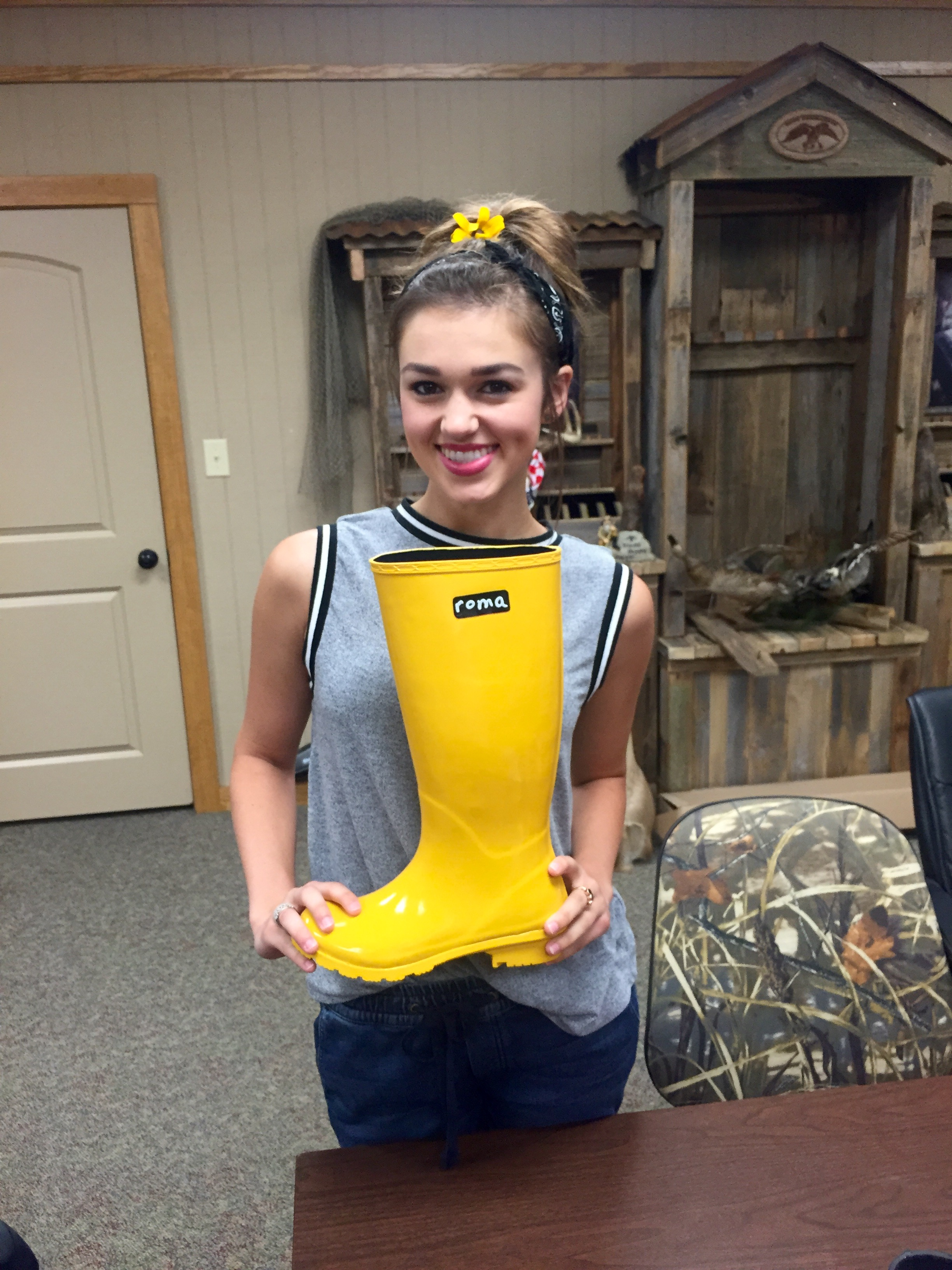 Roma Boots Announces Partnership With Sadie Robertson To