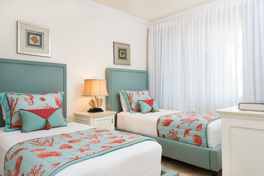 the tuscany have a king bedroom room queen bedroom and set of twins