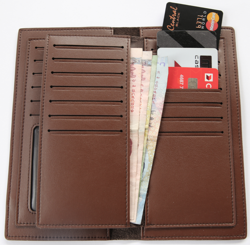 Mens wallet with a lot of card slots blackjack cigarettes