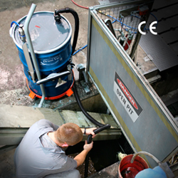 EXAIR's New High Lift Reversible Drum Vac