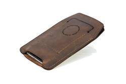 iPhone Orbit Case—chocolate leather