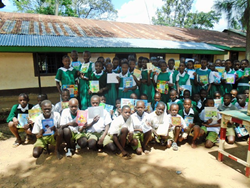 Essaba-Primary-School-Students-in-Bunyore-Kenya-with-books