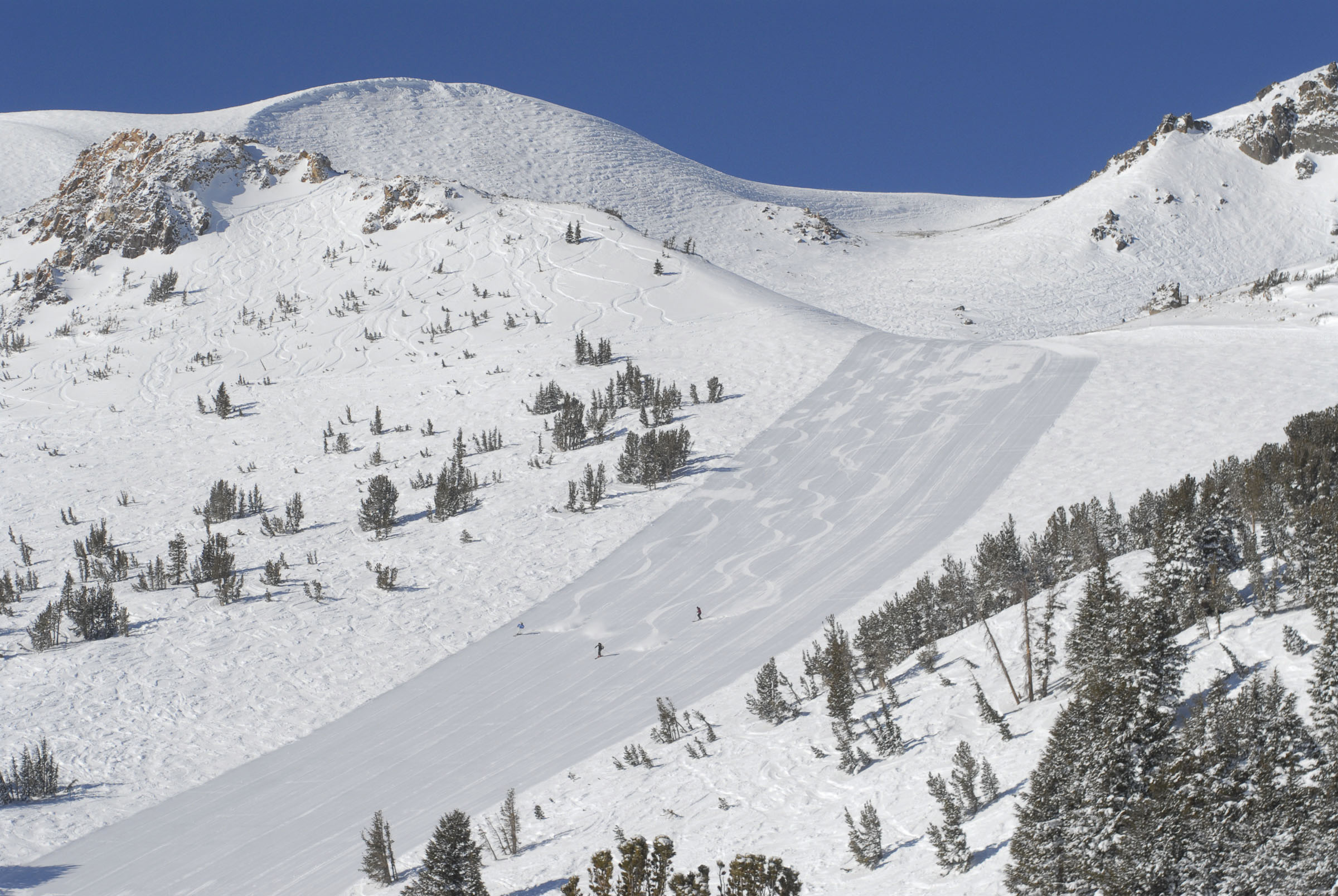 huge winter on tap in mammoth lakes