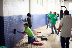 Volunteers participate in the 2014 Carolinas in Action community outreach event.
