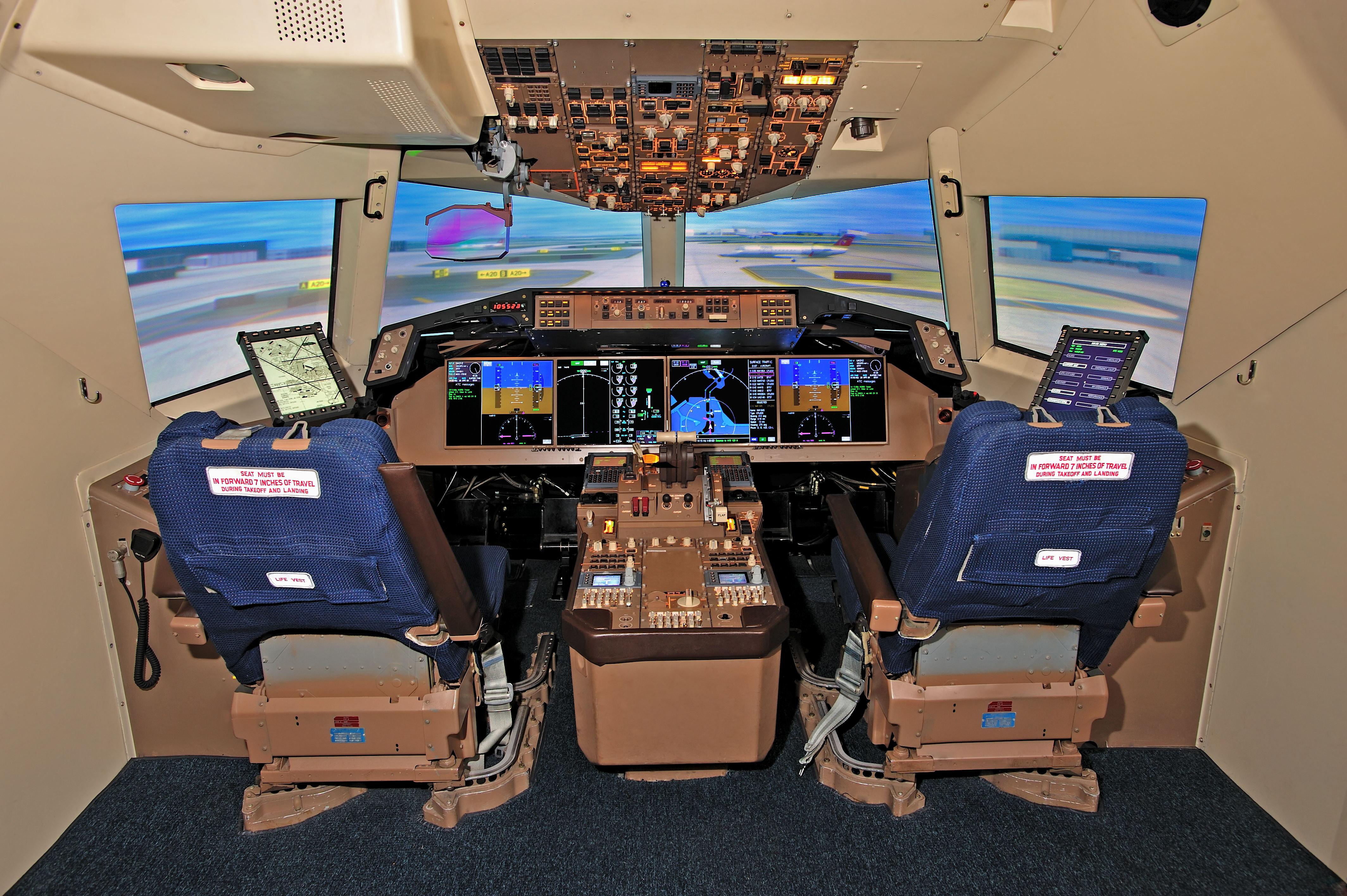 astronaut flight simulator - photo #8