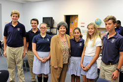 Rosarian-Academy-Students-who-received-tickets-from-Rep.-Lois-Frankel-to-see-Pope-Francis