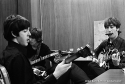 Paul McCartney, George Harrison, John Lennon Rehearse Backstage in Detroit, August 13, 1966