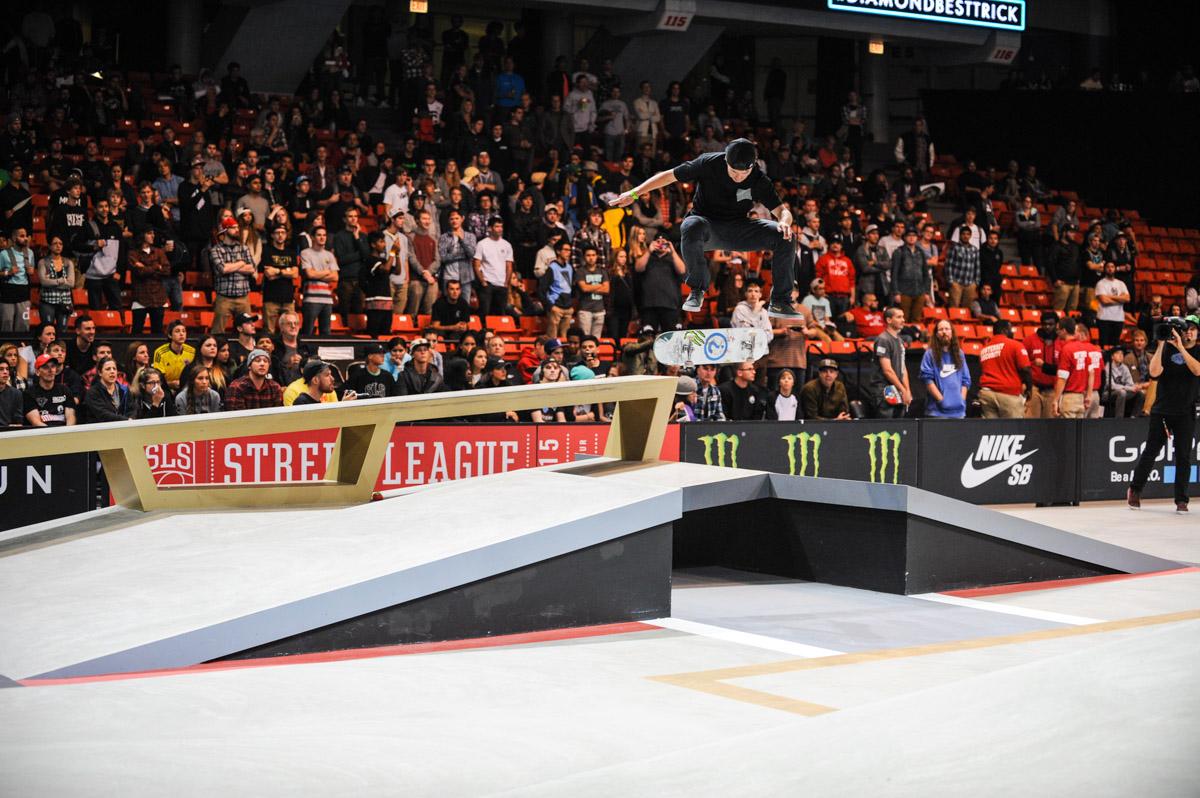 Monster Energy's Shane O'Neill Street League Skateboarding Nike SB Crown  World Championship ...