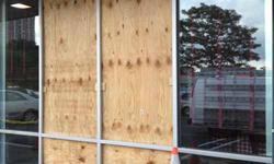 Miami 24 hour emergency glass repair