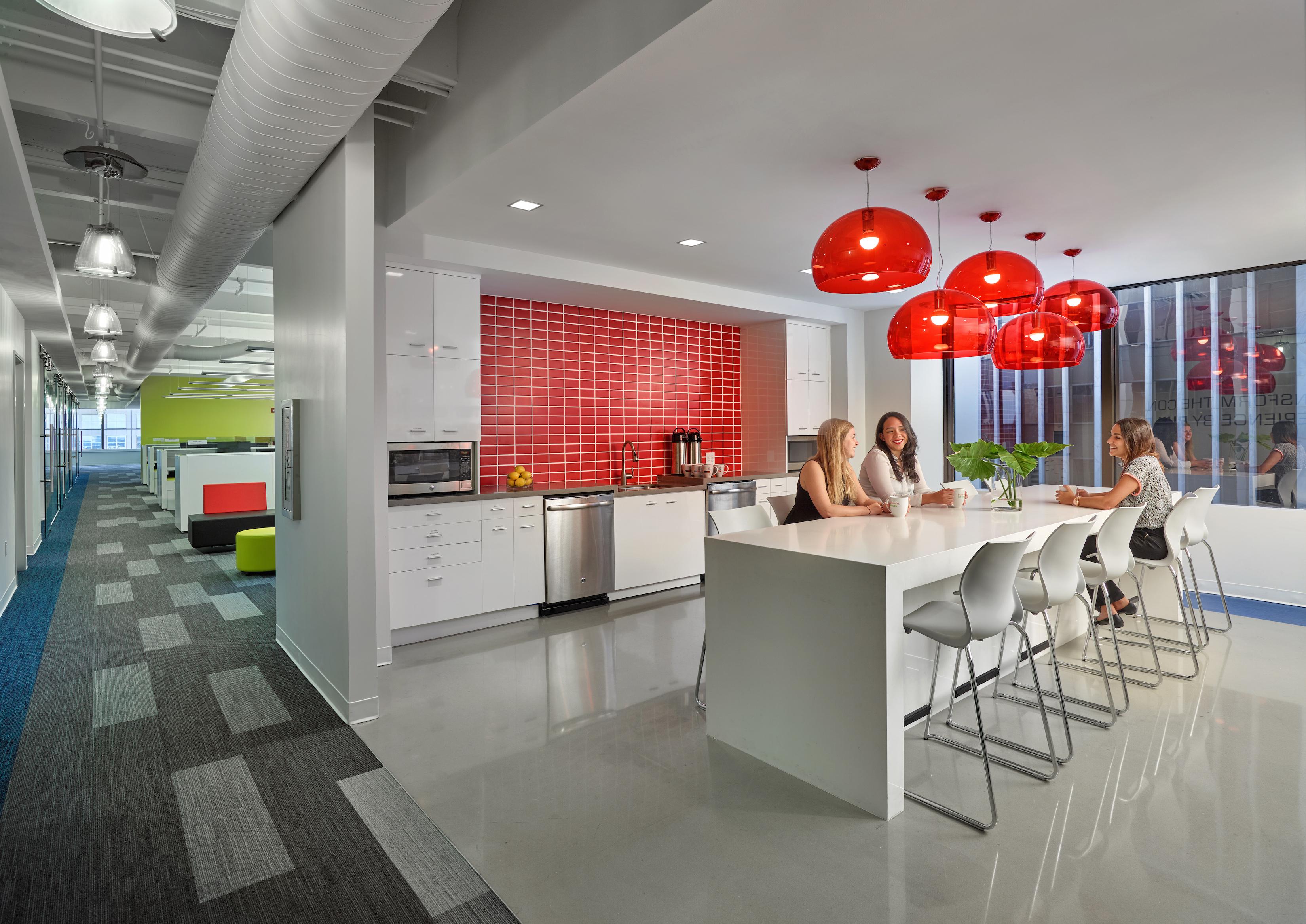 Stantec captures suffolk construction s culture through for Copy design