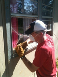 A member of Monte Sano United Methodist Church works on a mission project.