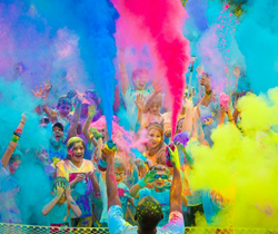 runners completing color fun fest 5K