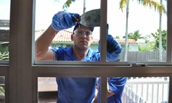 Boca Raton HOME WINDOW glass repair, emergency, 24 hours.