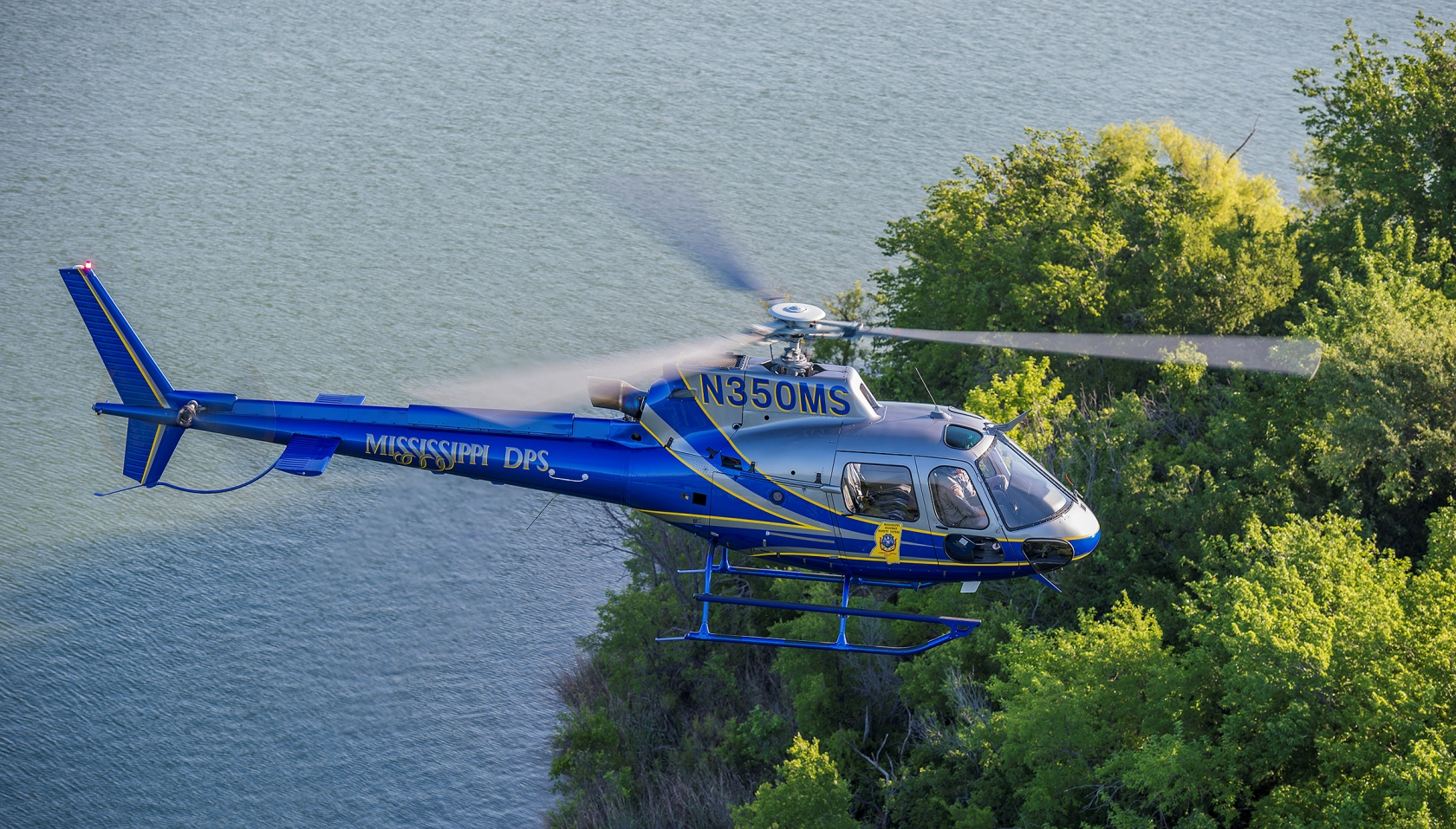 Elicottero H 125 : Airbus helicopters inc to feature law enforcement market