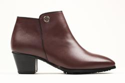 Rhea Footwear Brown Booties Daphne Women's