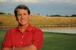 Broker Bill Mitchell is on Par to Award Golf Scholarship