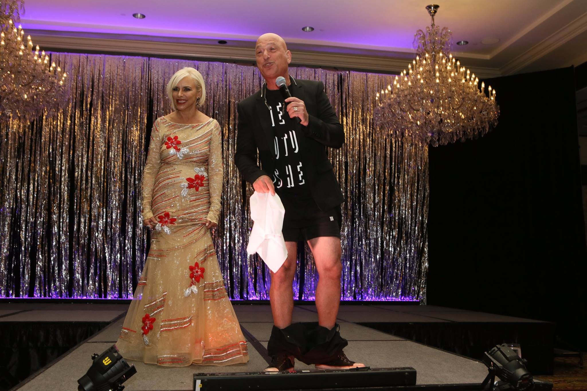 Comedian howie mandel drops trousers to raise money for for Howie at home