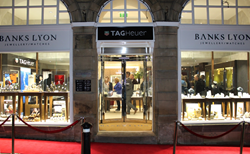 Banks Lyon store with red carpet outside
