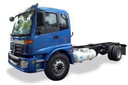 Alternative-fuel-powered-class-7-truck