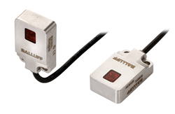 Miniature photoelectric sensors for harsh and wash-down environments